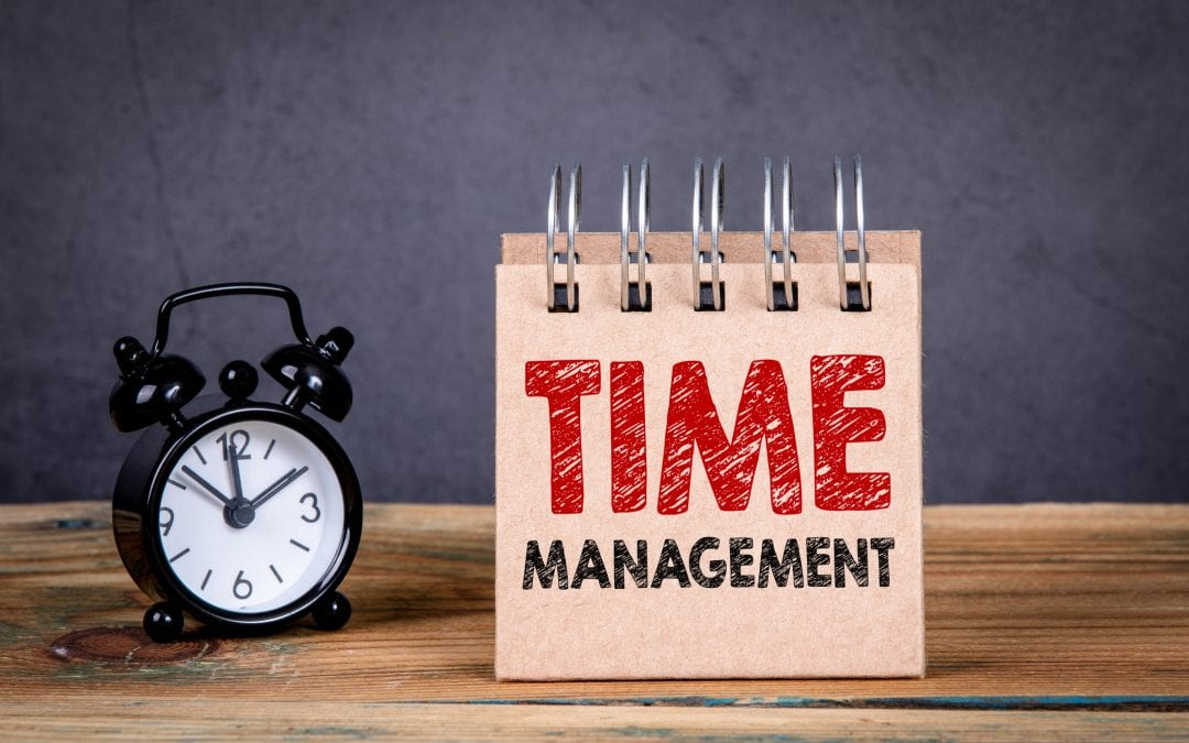 How To Manage Your Time More Effectively With A Virtual Assistant - by Lauren Gall